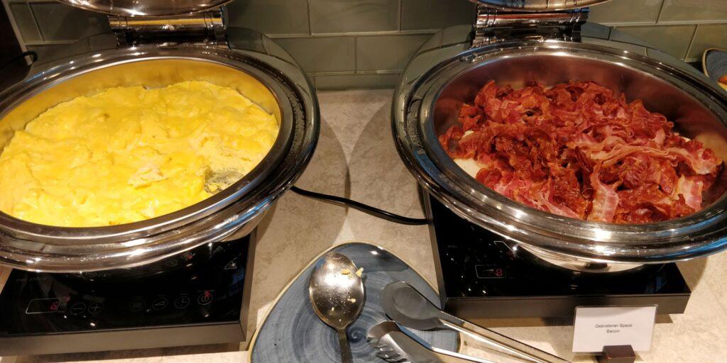 Hilton Frankfurt Lounge Frühstück 5