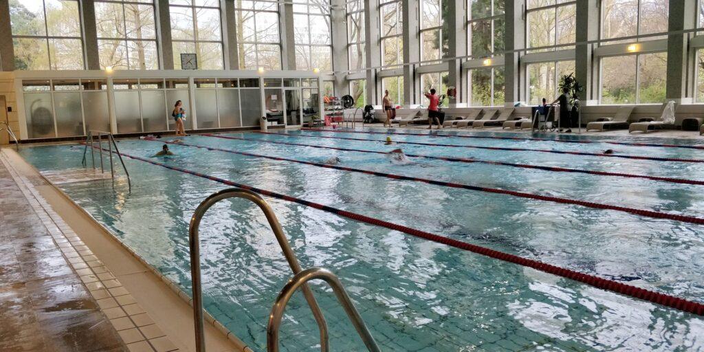 Hilton Frankfurt Pool