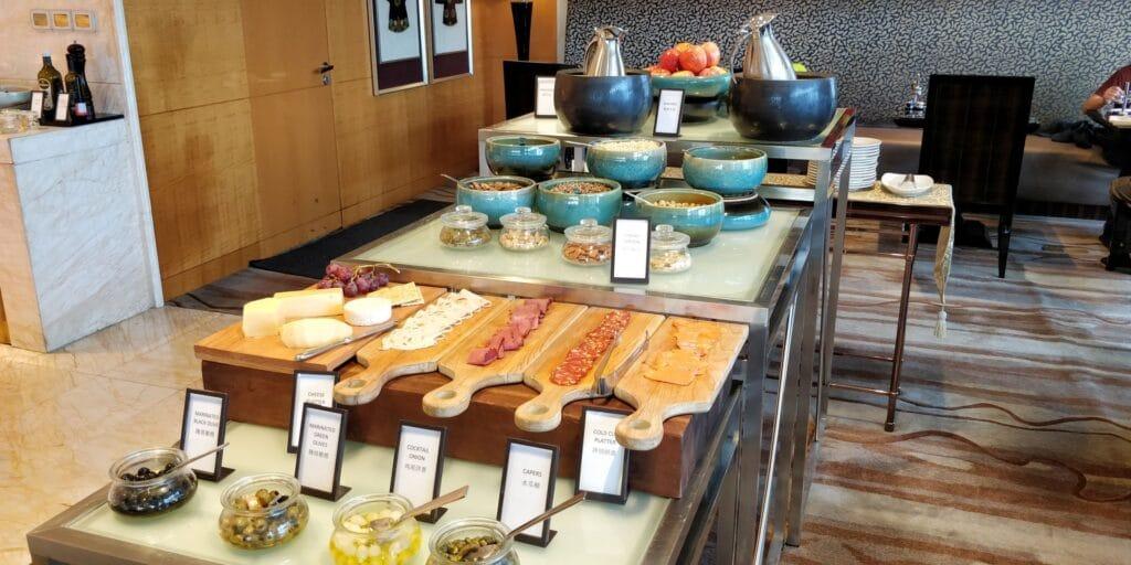 Hilton Guangzhou Baiyun Lounge Frühstück