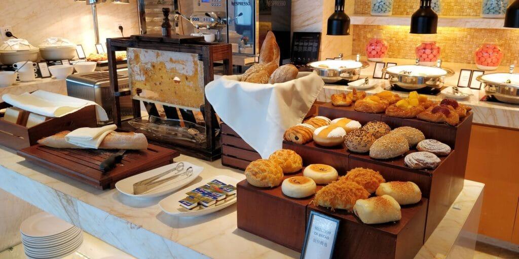 Hilton Guangzhou Baiyun Lounge Frühstück 2