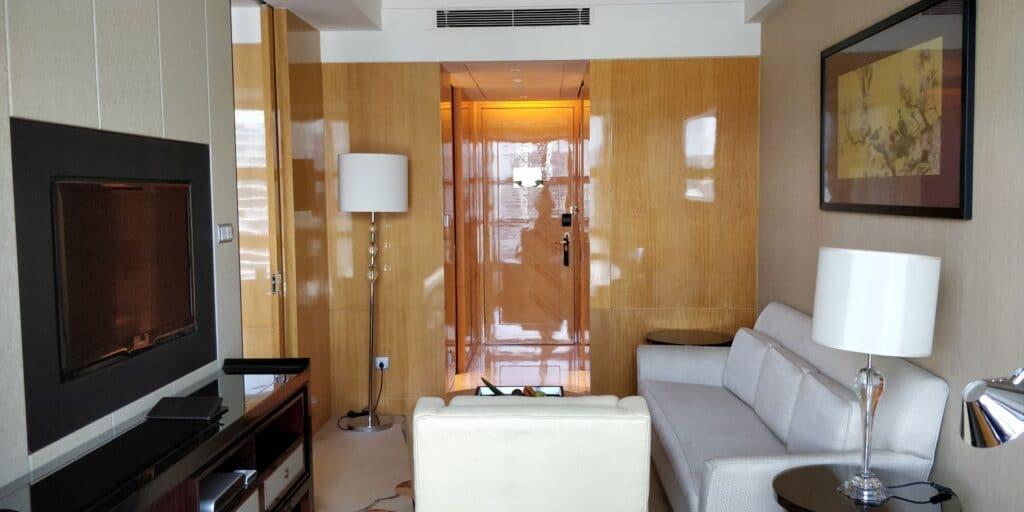 Hilton Guangzhou Baiyun Suite Wohnzimmer 2