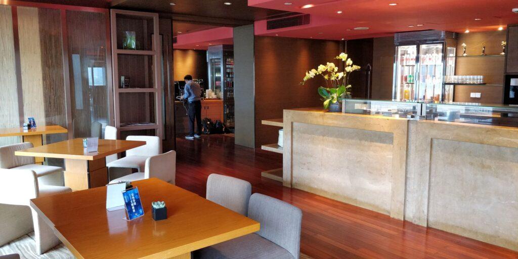 Hyatt On The Bund Shanghai Lounge 2