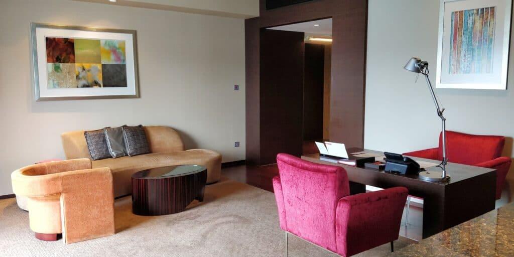 Hyatt On The Bund Shanghai Suite Wohnzimmer 3
