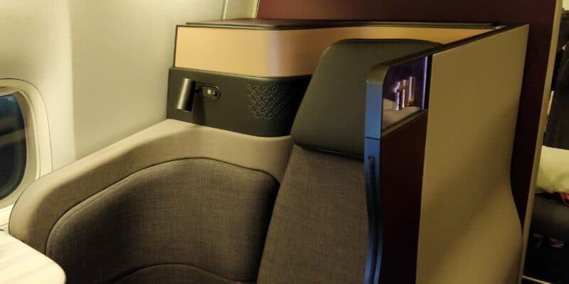 Qatar Airways QSuite Business Class Sitz 13