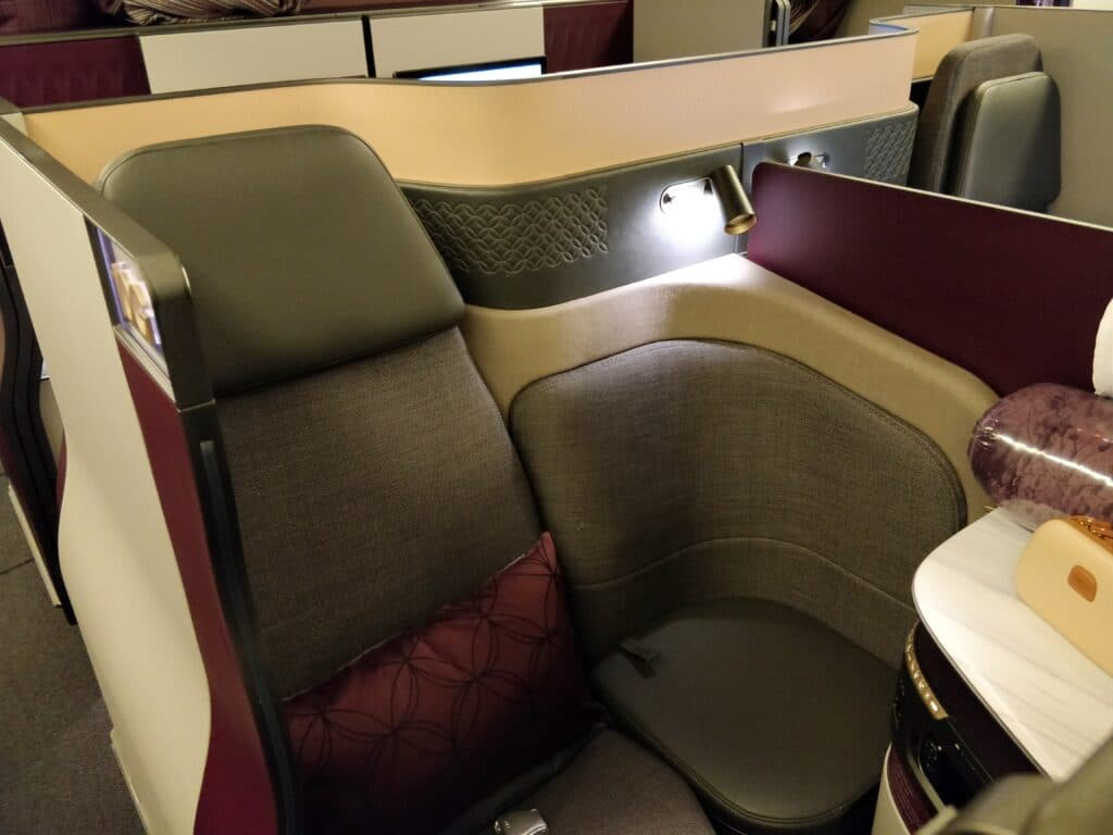 Qatar Airways QSuite Business Class Sitz 5