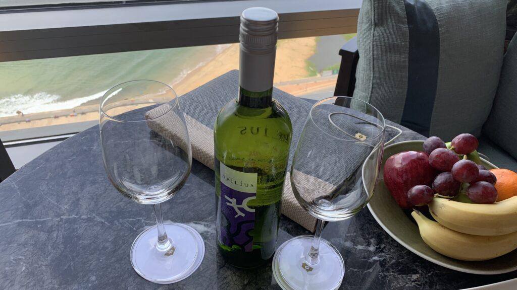 Shangri La Colombo Wein