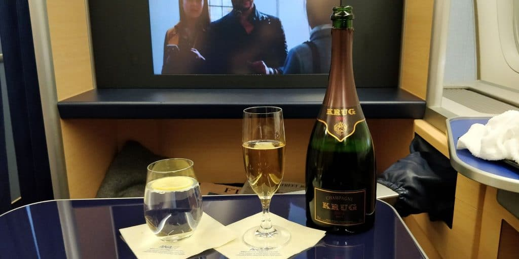 ANA First Class Champagner 2