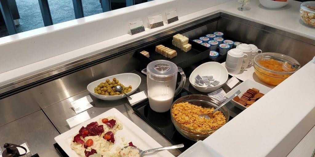 ANA Lounge Tokio Haneda 114 Buffet