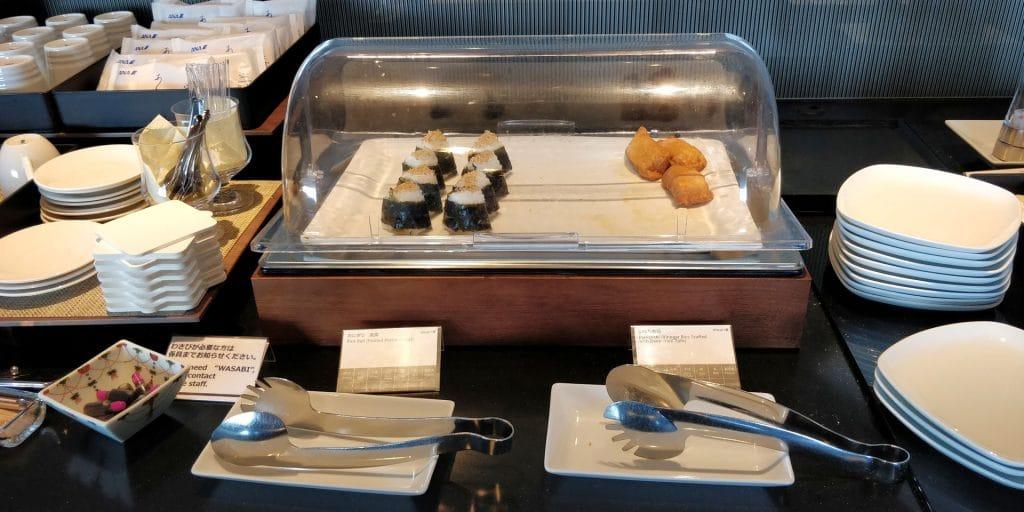 ANA Suite Lounge Tokio Haneda 110 Buffet 3