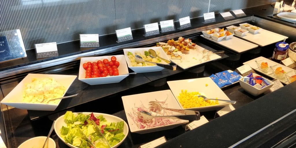 ANA Suite Lounge Tokio Haneda 110 Buffet 4