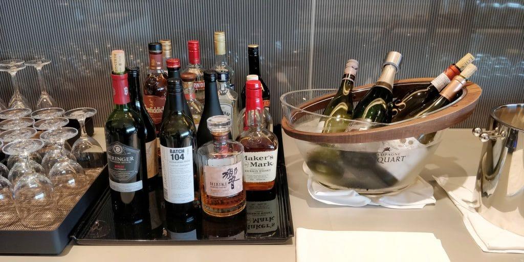 ANA Suite Lounge Tokio Haneda 114 Buffet 3