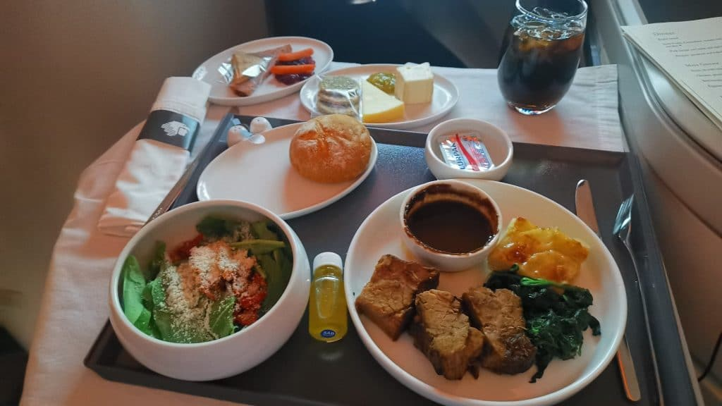 AeroMexico Business Class Boeing 787 9 Dinner