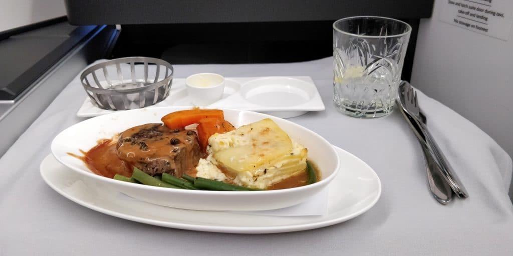 British Airways Business Class Airbus A350 Abendessen 2