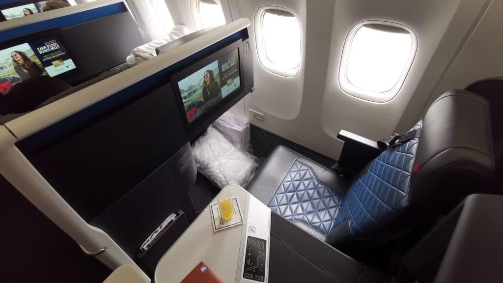 Delta One Suites Business Class Sitz (3)