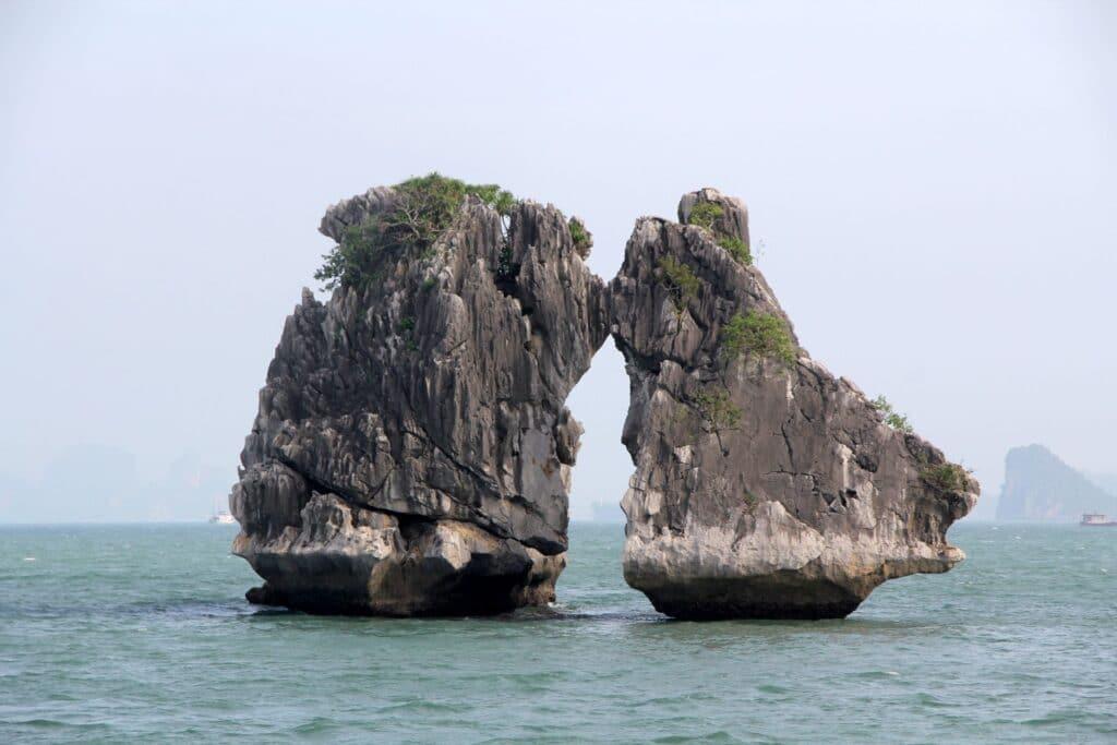 Ha Long Bay 8