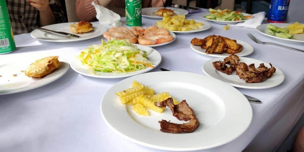 Halong Bucht Schiff Mittagessen 2