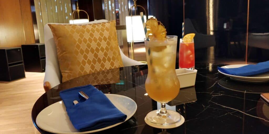 Hilton Danang Bar