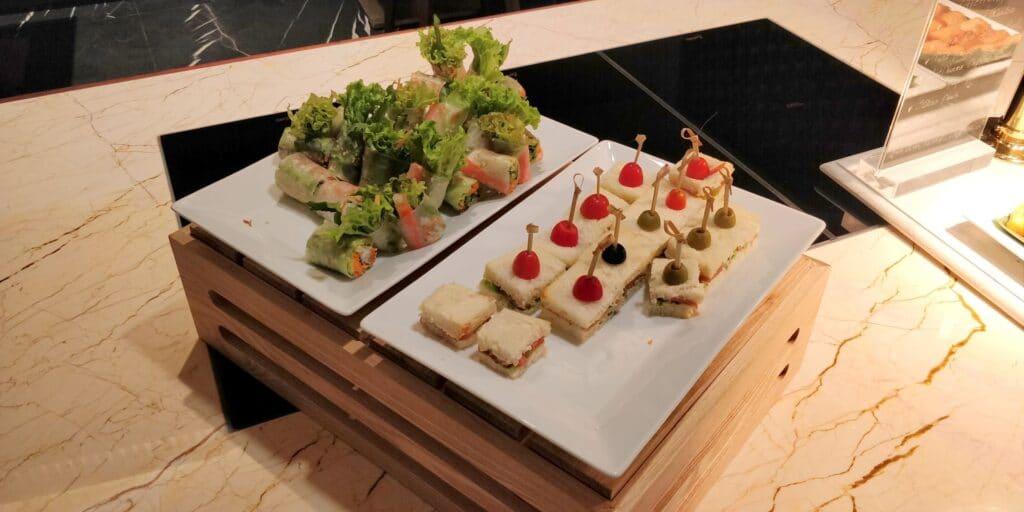Hilton Danang Lounge Abendessen 2