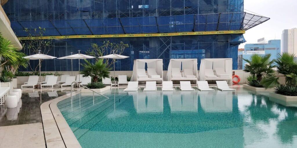 Hilton Danang Pool 2