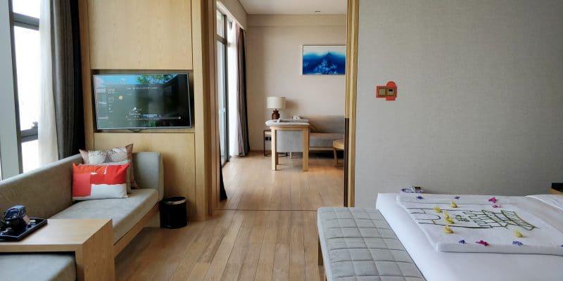 Hotel Indigo Dali Erhai Suite Schlafzimmer