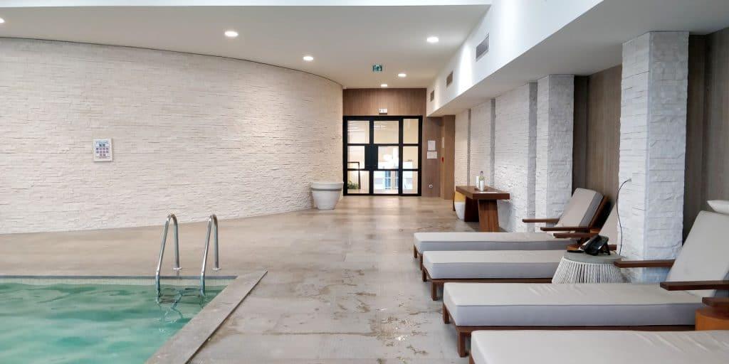 Hyatt Regency Chantilly Pool 3