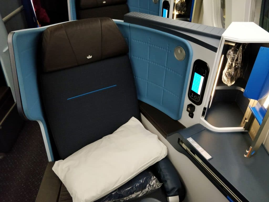 KLM Business Class Boeing 787 Sitz 10