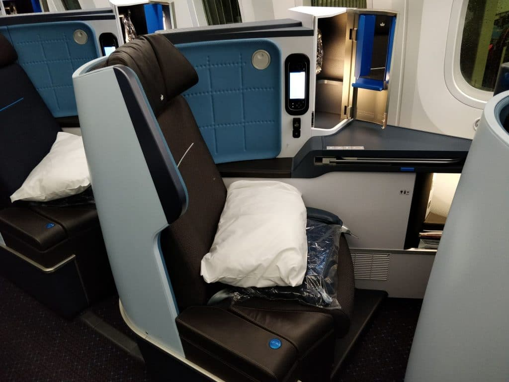 KLM Business Class Boeing 787 Sitz 2