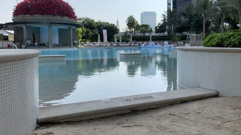 Palazzo Versace Dubai Pool 2