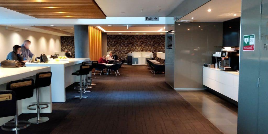 Qantas Business Lounge Sydney 6