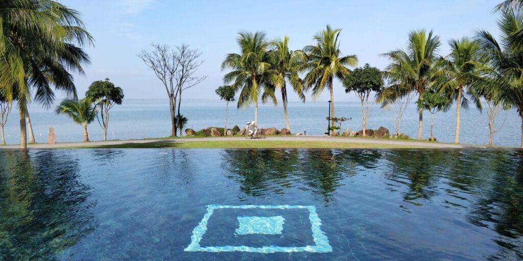 Vedana Lagoon Resort Pool