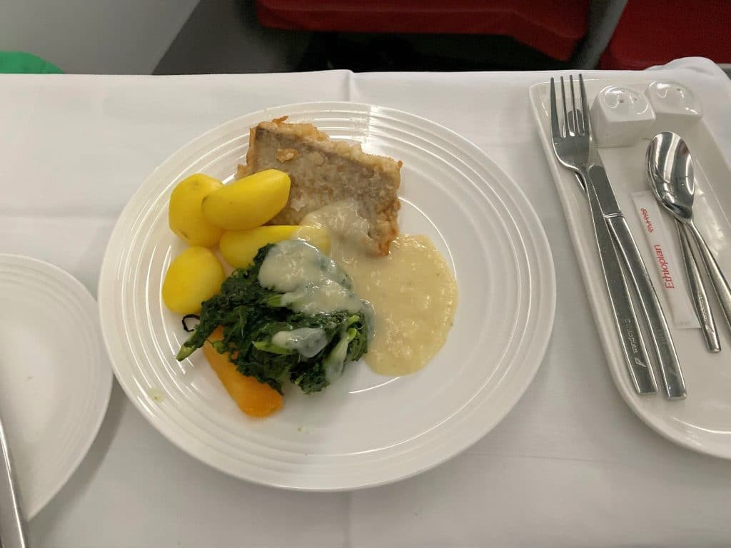 Ethiopian Airlines Business Class Airbus A350 Hauptgericht
