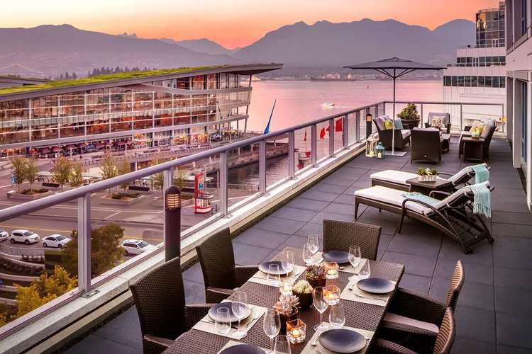 Fairont Waterfront Vancouver Terrace