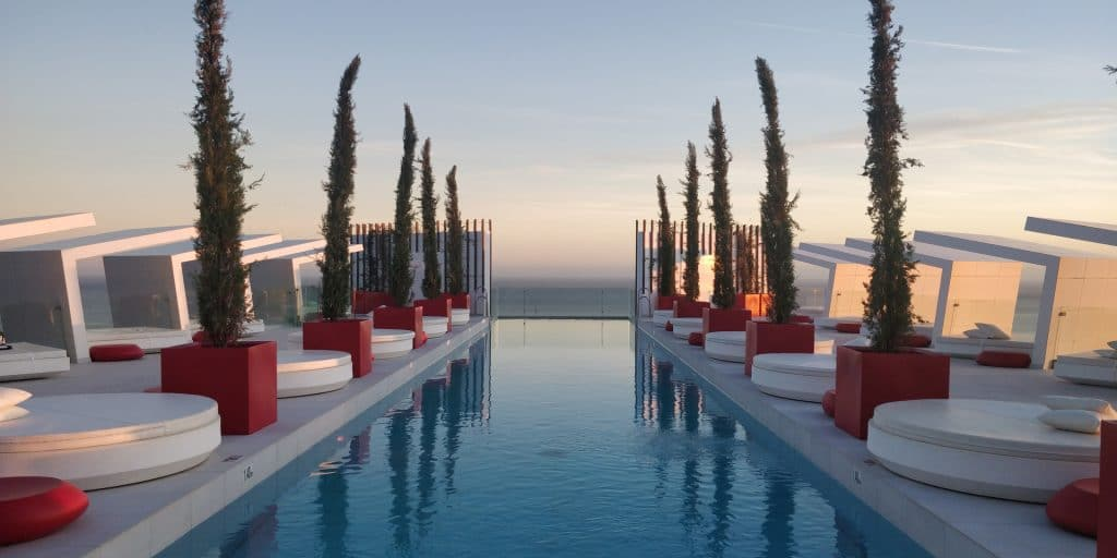 Higueron Hotel Malaga Curio Pool