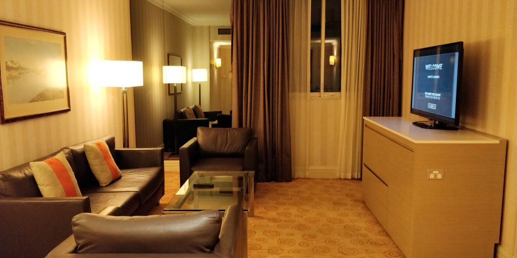 Parmelia Hilton Perth Suite 4