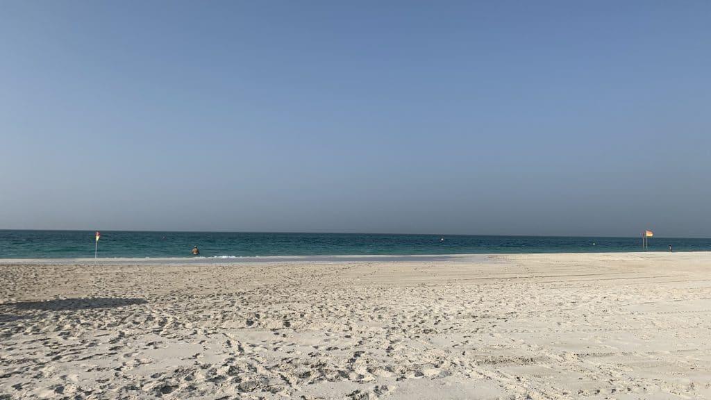 St Regis Saadiyat Island Strand 2