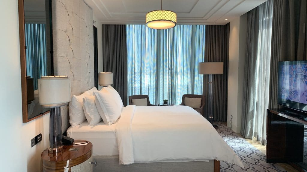 Four Seasons Abu Dhabi Zimmer Bett