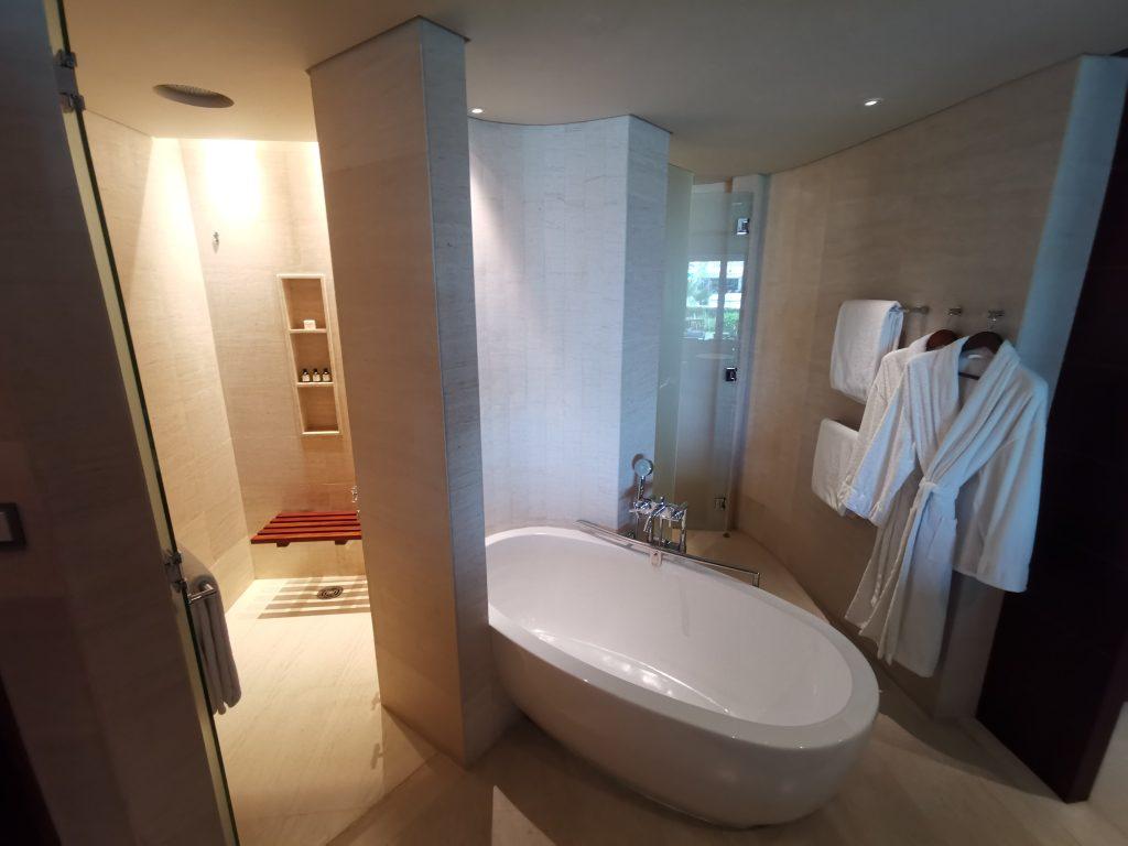 Park Hyatt Dubai Badezimmer 2