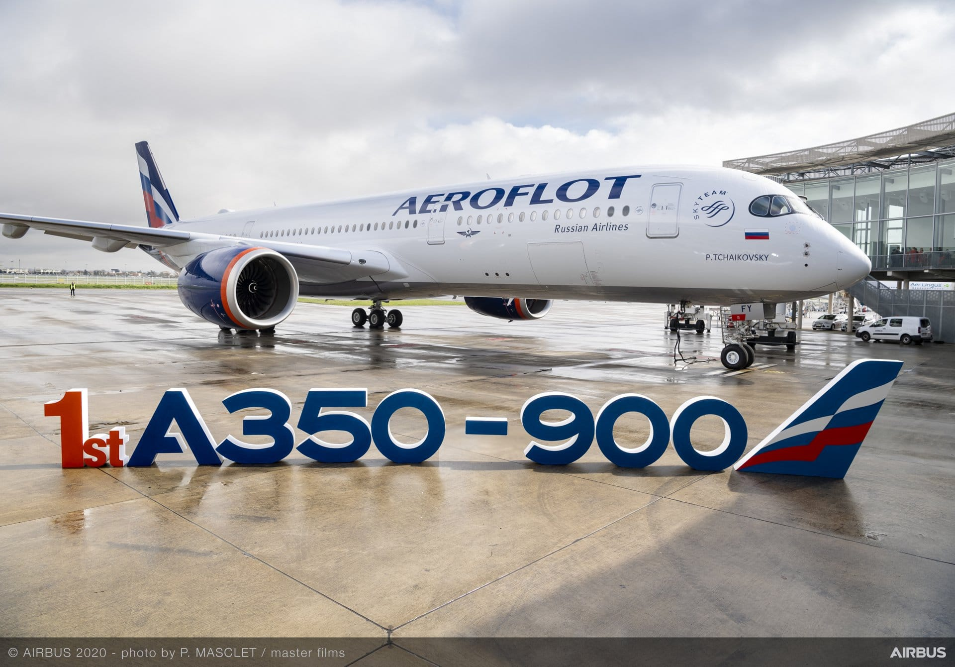 French Civil Aircrafts - Page 2 Aeroflot-first-A350-900-delivery-with-letters-01