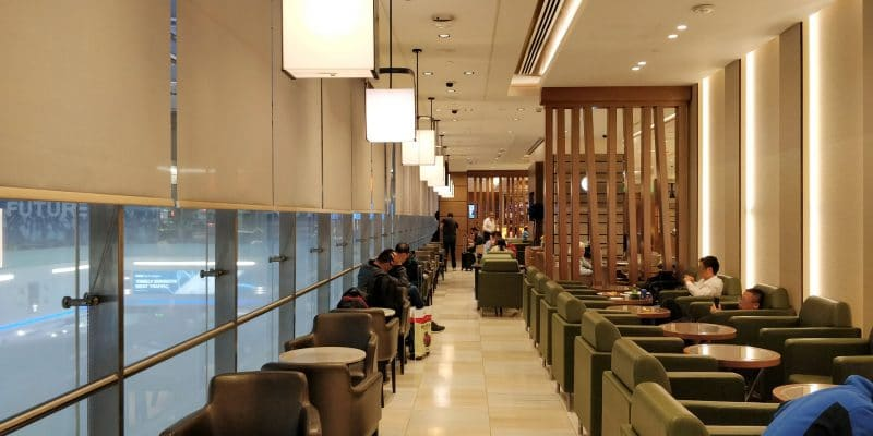 Ahlan Business Class Lounge Dubai 3