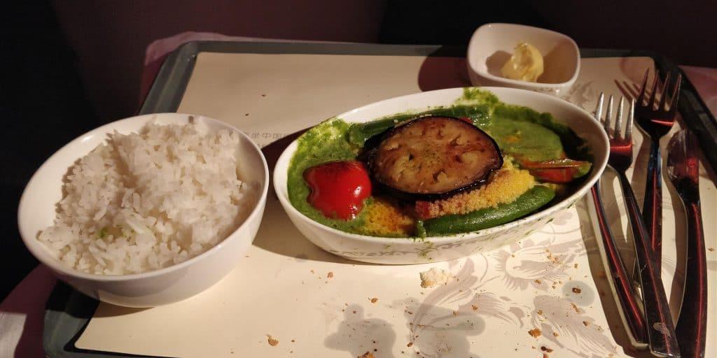 Air China Business Class Boeing 777 Essen 3