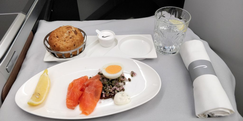British Airways Business Class Airbus A350 Mittagessen