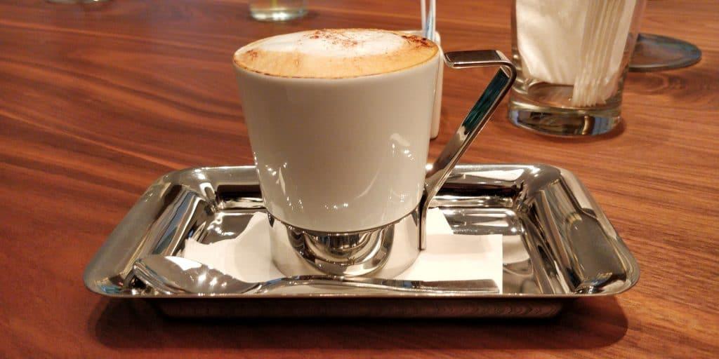DoubleTree Taipeh Zhongshan Kaffee