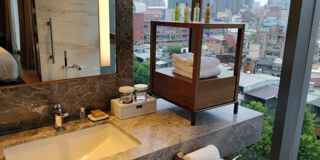 DoubleTree Taipeh Zhongshan Suite Bad