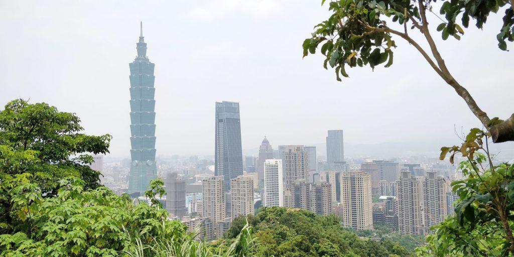Elephant Mountain Taipei View 3