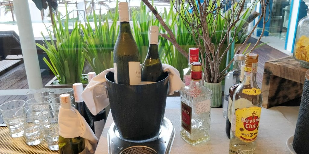 Hilton Bali Resort Lounge Abendessen
