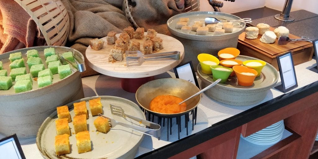 Hilton Bali Resort Lounge Afternoon Tea