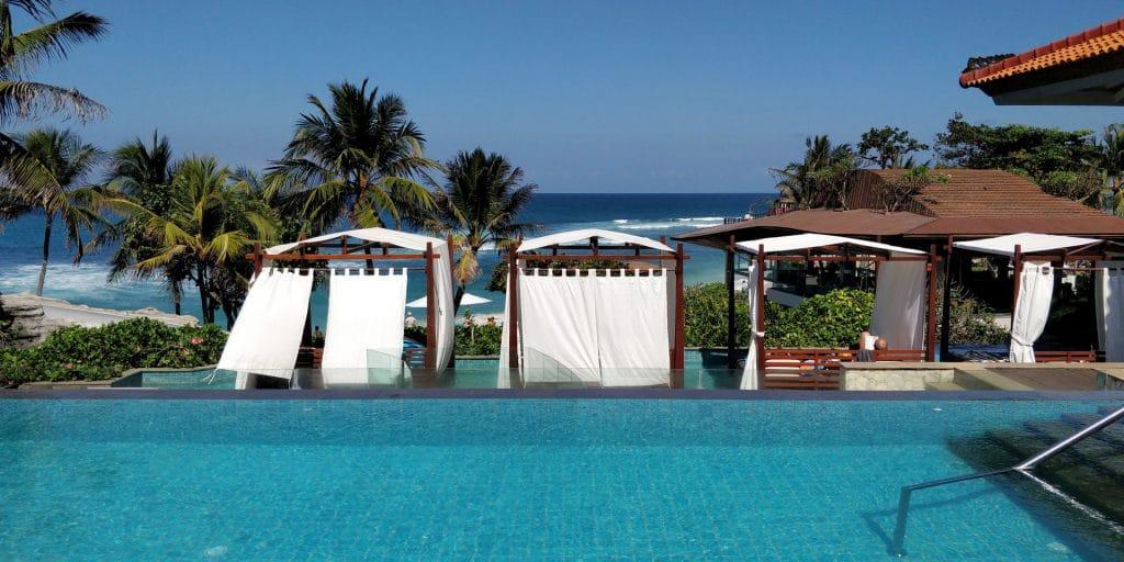 Hilton Bali Resort Lounge Pool 4