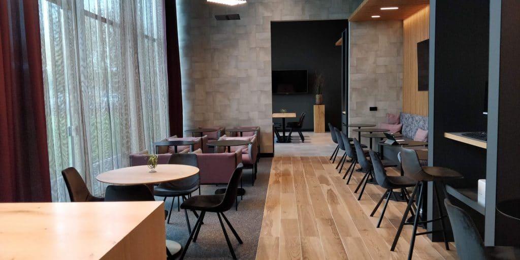 Hilton München Airport Executive Lounge 5