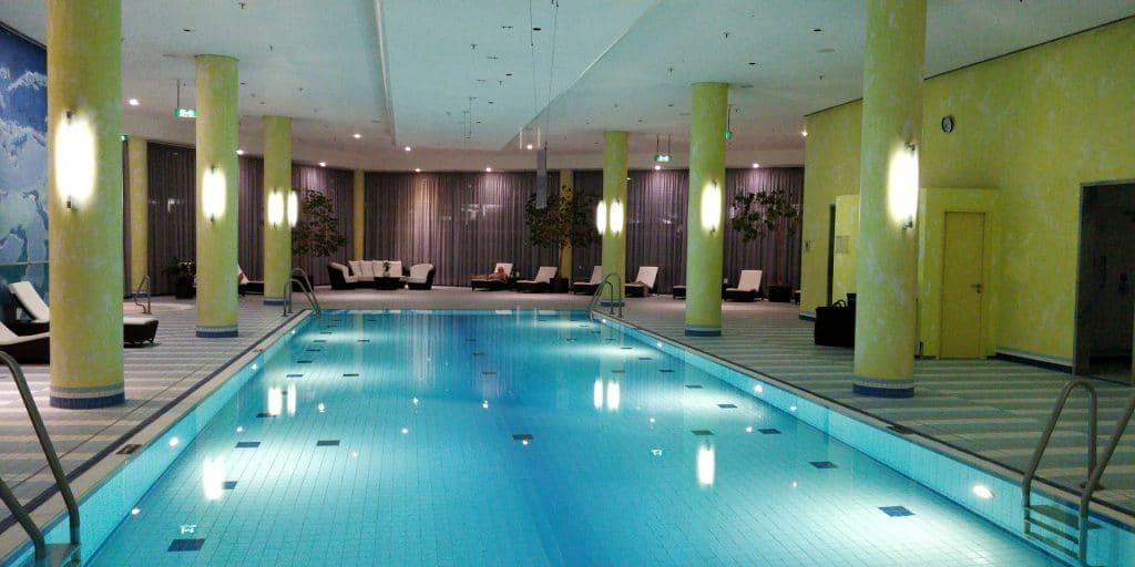 Hilton München Airport Executive Pool