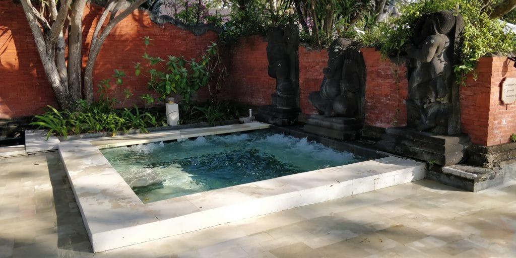 Hyatt Regency Bali Pool 10